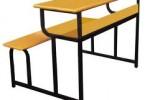Kích thước bàn học không phù hợp gây đau lưng
