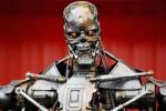 Robot vs con người